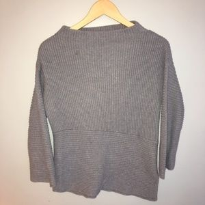 Vince Camuto Gray Ribbed Sweater